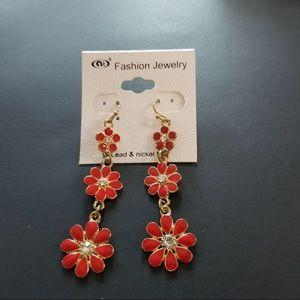 NWT Dangling Flower Earrings